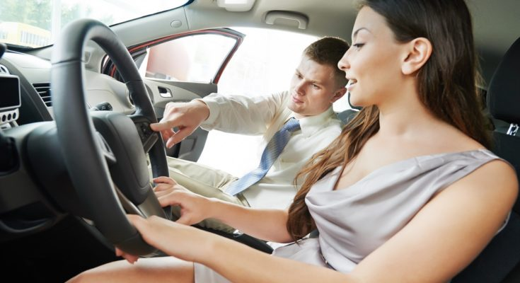 Wypożyczalnia samochodów – co warto wiedzieć przed wynajęciem auta?